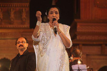 Asha Bhosle live Concert at MP Sthapna diwas samaroh